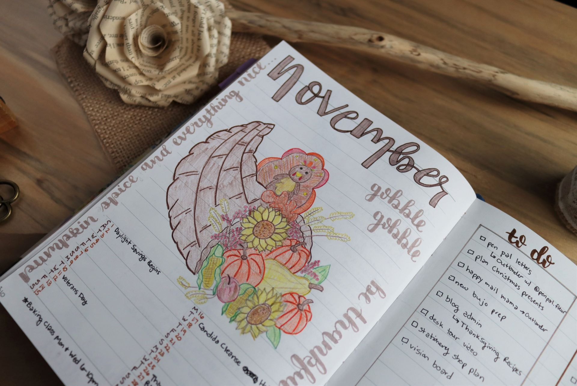 Read more about the article November Bullet Journal Theme (Free Printable!)